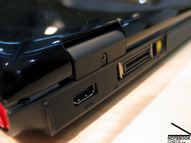 Acer ferrari 5005 notebook recensione cebit 2007 for Ferrari cerniere