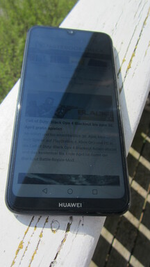Utilizzo dell'Huawei Y7 2019 all'aperto