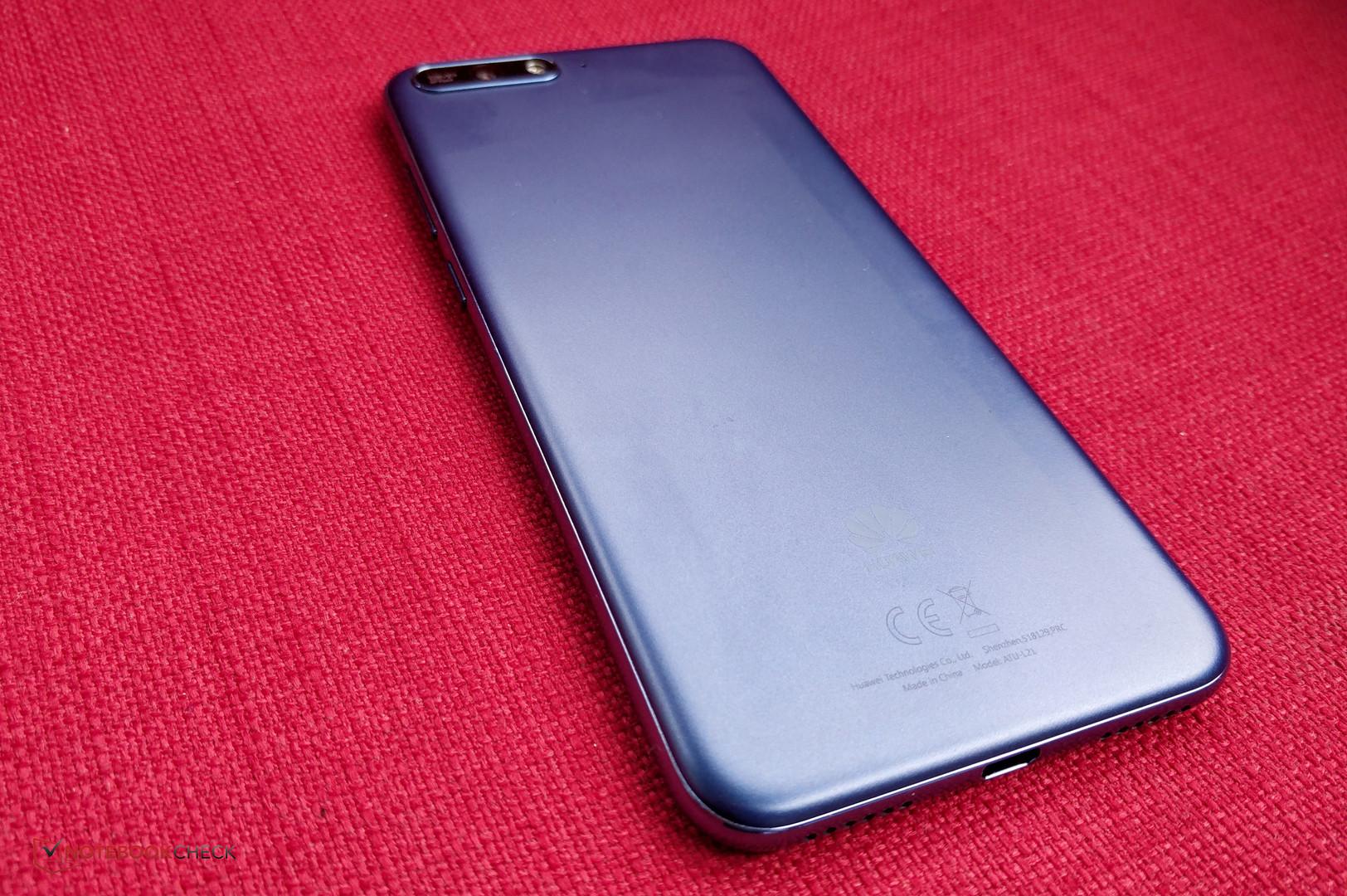 Recensione dello Smartphone Huawei Y6 2018 - Notebookcheck it