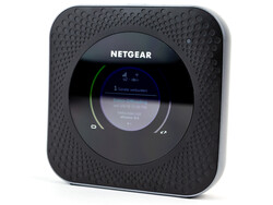 Recensione del router NETGEAR Nighthawk M1 (MR1100). Dispositivo di test gentilmente fornito da NETGEAR Germany.