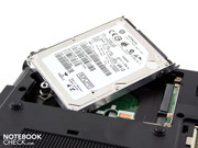 "harddrive Hitachi (2.5"", 320 GB, 7.200 RPM)."