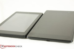 Kindle Fire HD 6 (sinistra) vs. Nexus 7 2013 (destra)