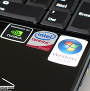 Il notebook ha hardware Intel e nVIDIA. Il sistema operativo è Windows Vista.