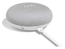 Recensione: Google Home Mini. Modello di test fornito da Google Germany.